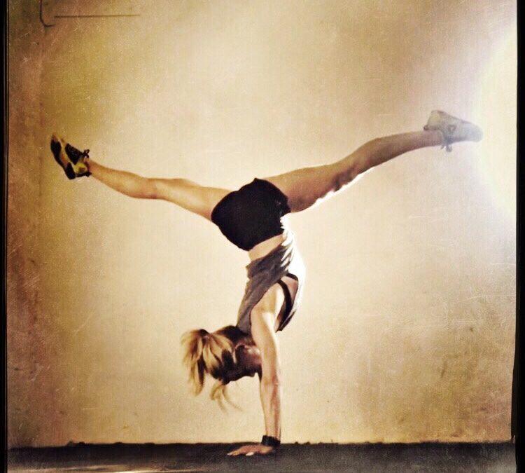 YogiWOD® BASE & Handstand workshops